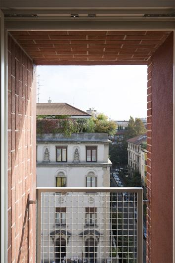 5-viaplutarco9-finestra